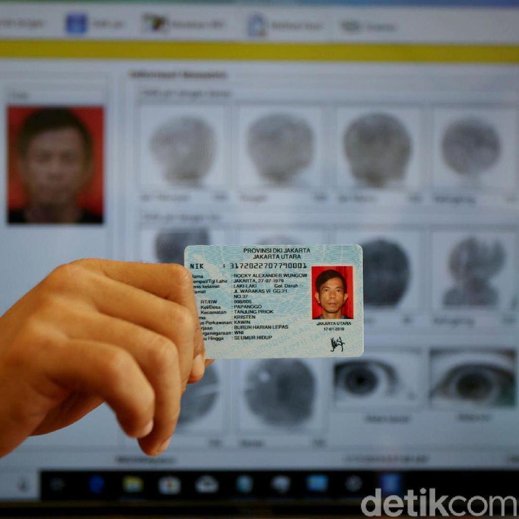 Ratusan Relawan Dikerahkan Rekam KTP Elektronik