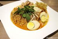 OL' Star: Ada Laksa Singapura Gurih Bertopping Udang di Kafe Minimalis