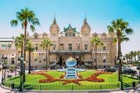 Monaco hidup dari pariwisata. Monaco membangun pariwisata untuk mendatangkan banyak turis dan uang. Hal tersebut sudah dilakukan sejak tahun 1893 dengan membuka kasino di Monte Carlo (iStock)