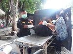 Ester, Mayat Dalam Tong, Seorang Pengusaha Laundry