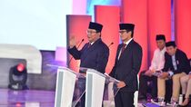 Prabowo Persilakan Jawab Soal Partai, Sandi: Saya Bukan Gerindra Lagi, Pak
