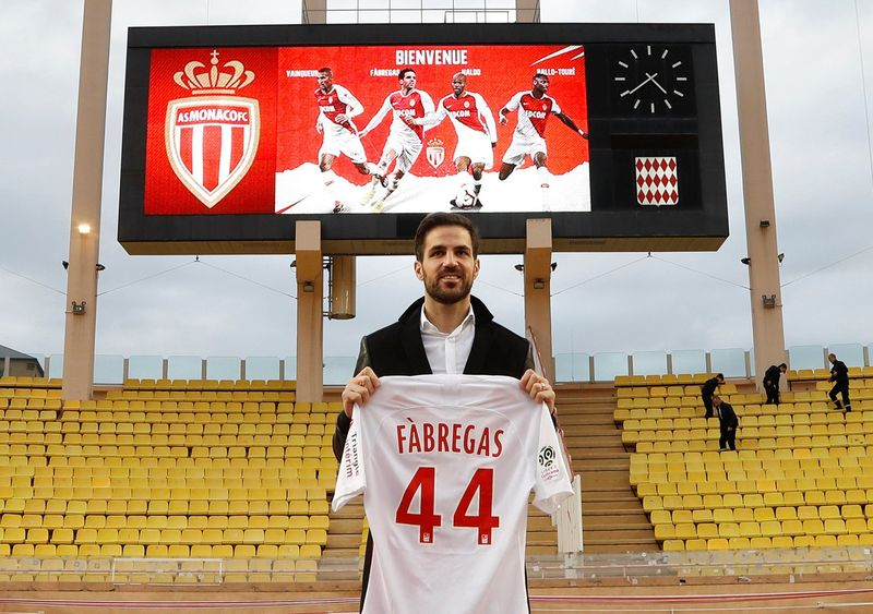 Setelah Arsenal, Barcelona dan Chelsea, kini Fabregas bermain di AS Monaco. Dia akan reuni dengan Thierry Henry, yang kini jadi pelatih kesebelasannya (Reuters)
