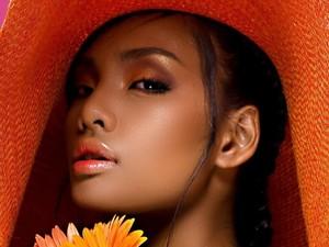 Dibully Berkulit Hitam, Balasan Ratu Kecantikan yang Dicopot Gelarnya Viral