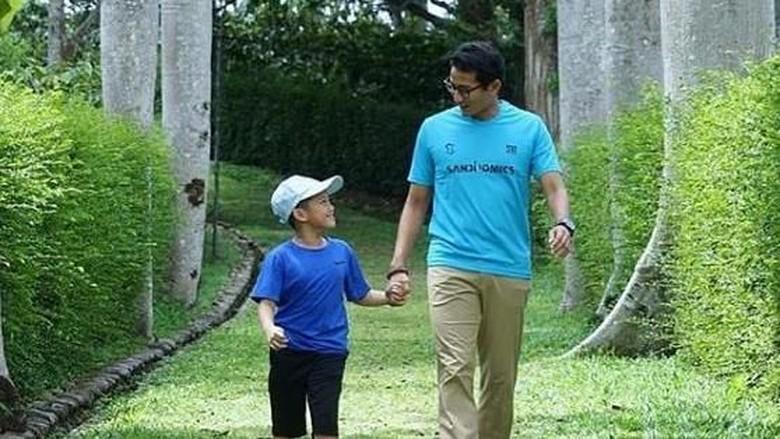 Sandiaga dan anaknya/ Foto: Instagram @sandiuno