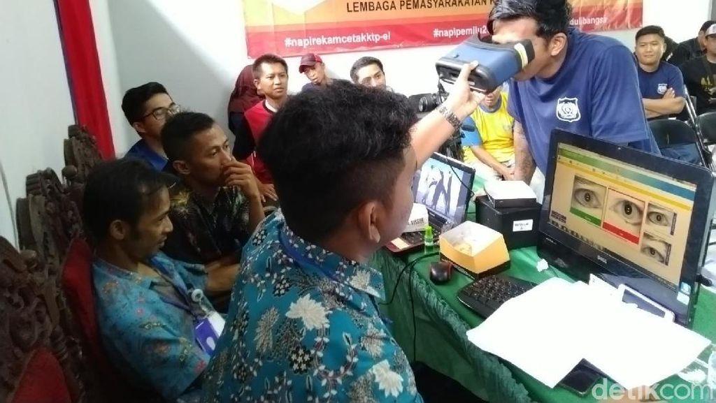 Jelang Pemilu 2019, Napi Lapas Ciamis Jalani Perekaman e-KTP
