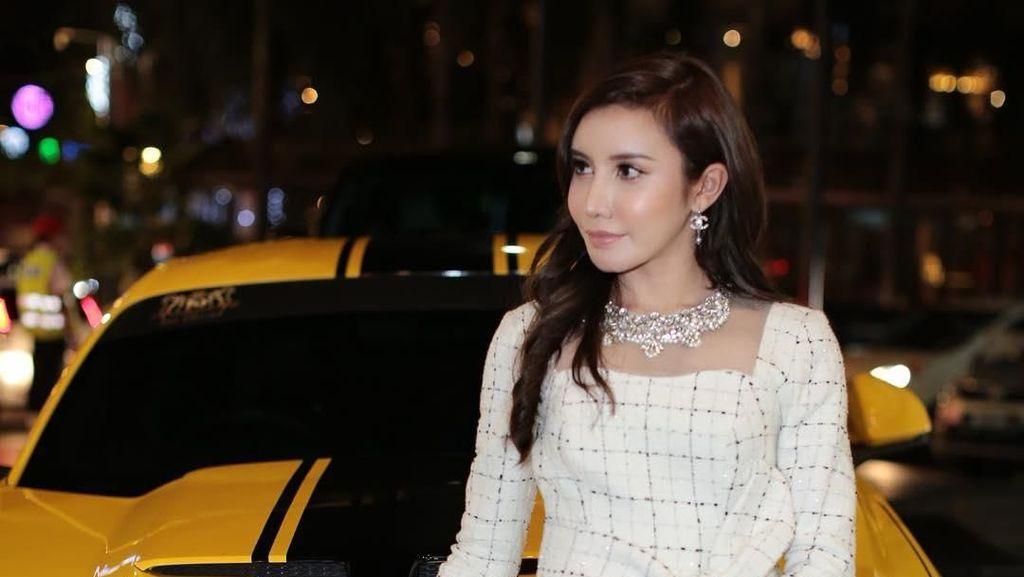 Potret Pebisnis Kosmetik Malaysia yang Dipanggil Ulama Karena Foto Berbikini