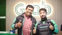 Rajin Narik Grab, Pria 25 Tahun Ini Bisa Berangkat Umrah Gratis