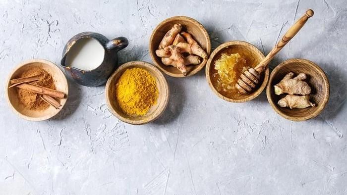 Tanaman obat di Indonesia umum dimanfaatkan untuk membuat jamu. (Foto: iStock)