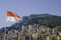 Monaco nyatanya punya bendera mirip seperti Indonesia berwaarna merah dan putih. Semoga sukses di AS Monaco Cesc! (iStock)