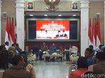 Bima Arya Ajak Jajaran-Rektor Se-Bogor Nobar Debat Capres di Balkot