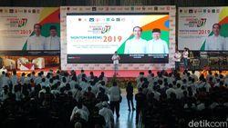Relawan Jokowi di Bali Nobar Debat di GOR Canggu