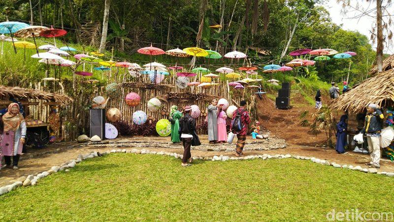 Destinasi digital Sirnarasa dibuka di Dusun Cisiri, Desa Ciomas, Kecamatan Panjalu, Ciamis, Jawa Barat (Dadang Hermansyah/detikTravel)