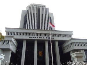 Digerebek Indehoi dengan 2 Wanita, Hakim di Lampung Lagi Mabuk