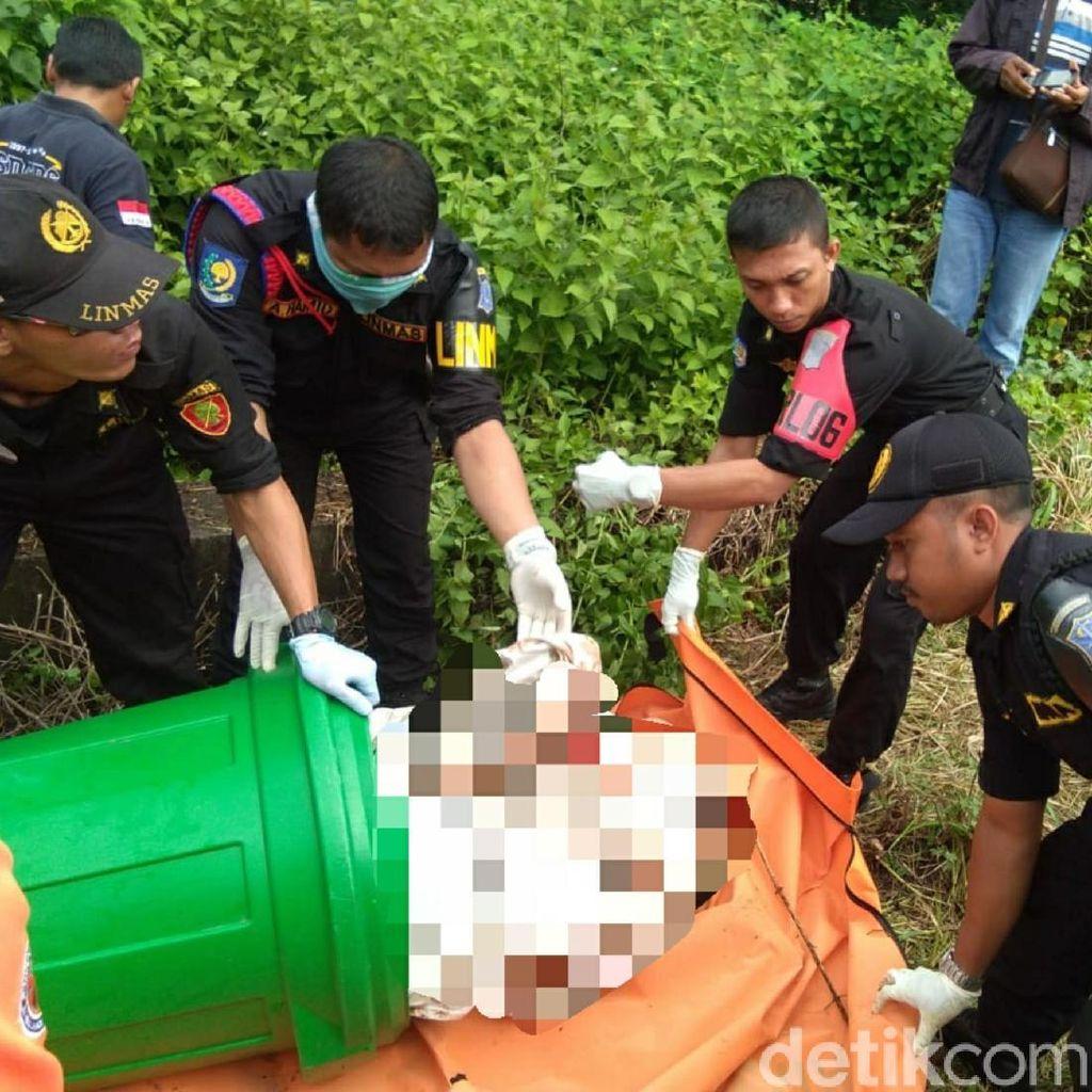 Sebelum Ditemukan, Mayat Dalam Tong Sudah 2 Hari di Lokasi