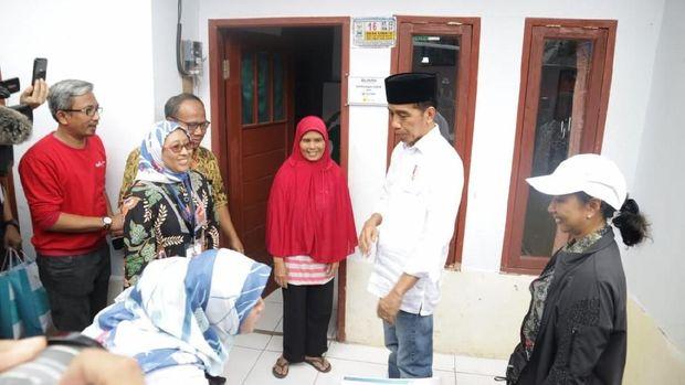 Biaya Pasang Instalasi Listrik Rp 1 Juta, Jokowi: Ini Berat