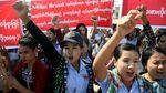 Pabrik Ditutup, Ratusan Buruh Adidas di Myanmar Demo
