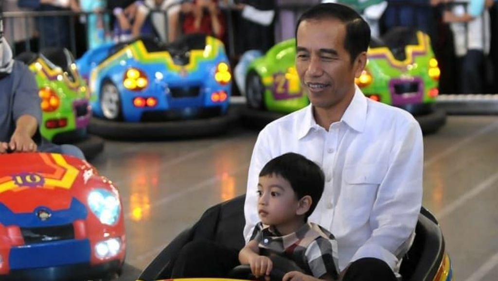 Ditanya Boy William soal Profesi Jokowi, Jan Ethes: Artis!