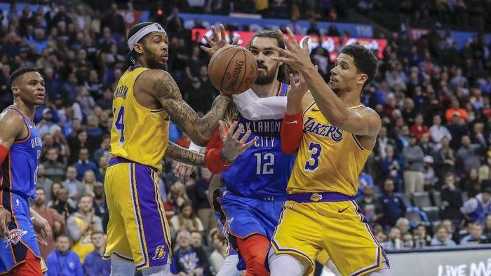 LA Lakers menang di kandang Oklahoma City Thunder (Alonzo Adams-USA TODAY Sports)