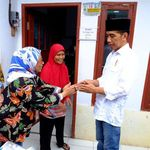 Jokowi Tinjau Warga Cibatu yang Sudah Tersambung Listrik