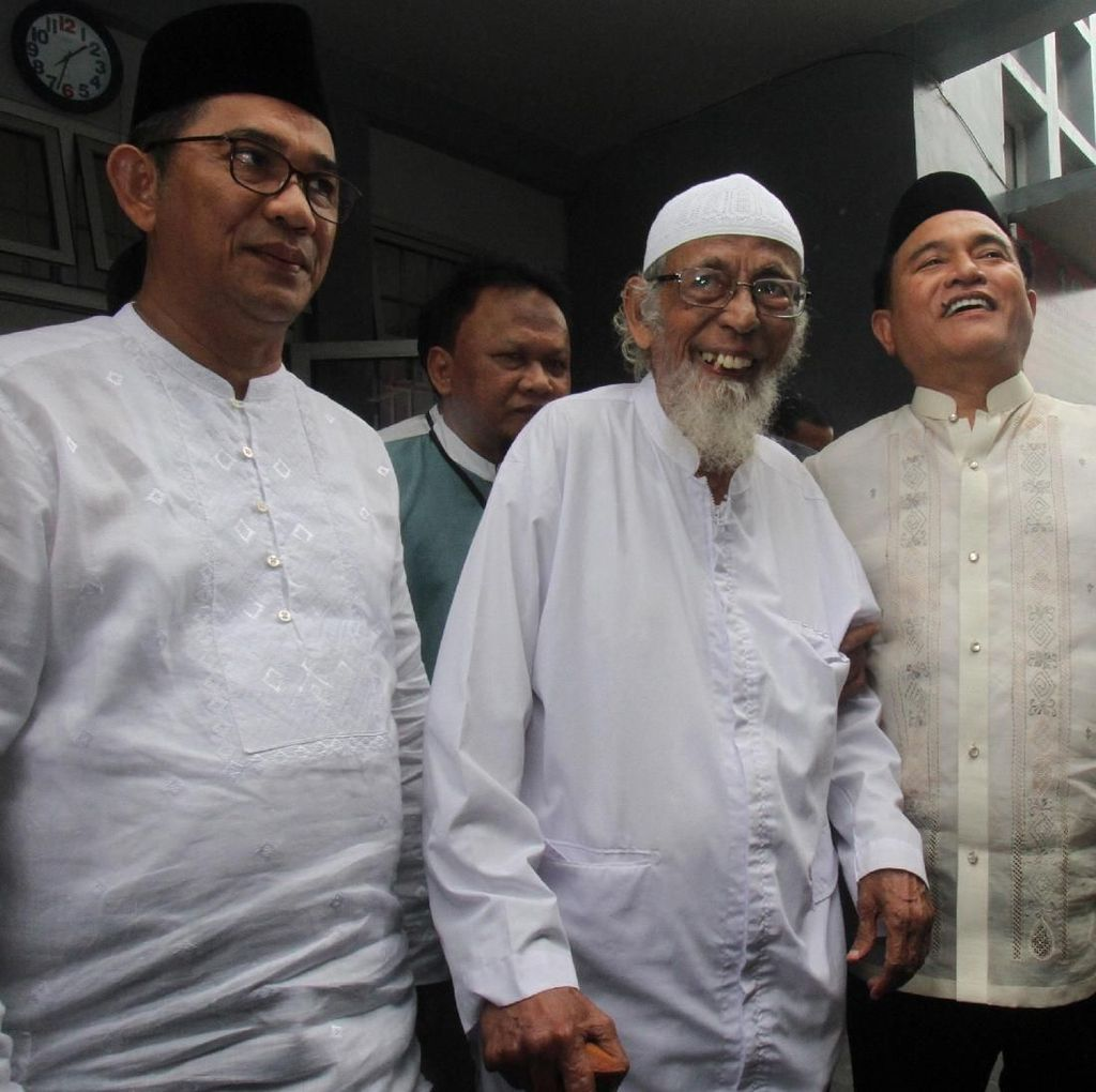 3 Opsi Ini Bisa Diambil Jokowi Bebaskan Abu Bakar Baasyir