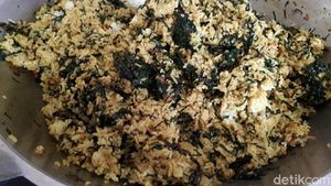 Nasi Goreng Daun Mengkudu, Kuliner Betawi yang Nikmat dan Kaya Khasiat