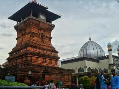 Wajah Akulturasi Budaya pada Masjid-masjid Bersejarah di Indonesia