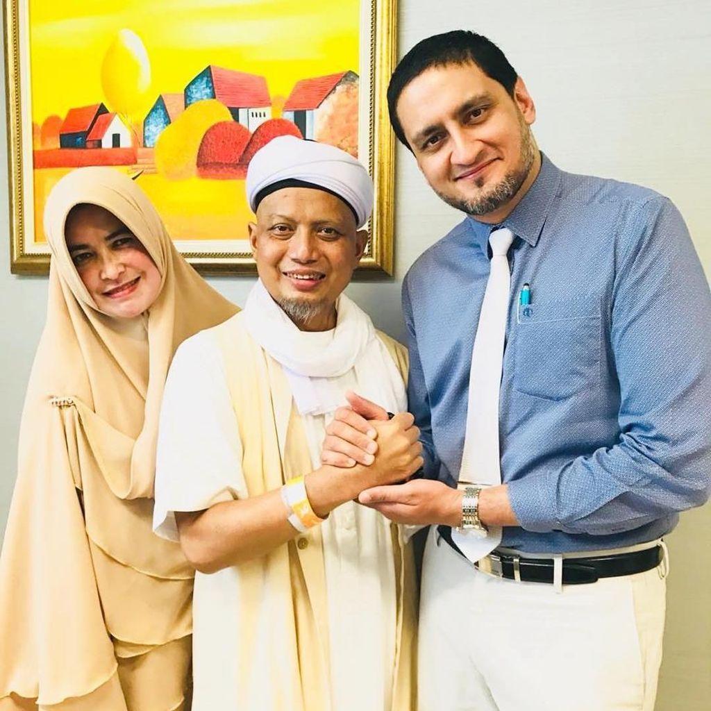 Ustaz Arifin Ilham Tinggalkan RS di Penang Malaysia, Siap Berdakwah Lagi