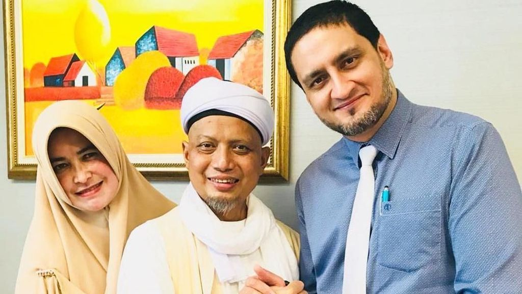 Keluarga Bagikan Momen Ustaz Arifin Ilham Pulang dari RS