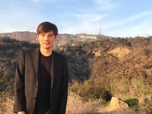 Aktor Ganteng Indonesia yang Eksis di Hollywood Kini Jadi Youtuber
