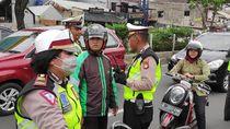 Driver Ojol Ini Marahi Polwan karena Tak Terima Ditilang