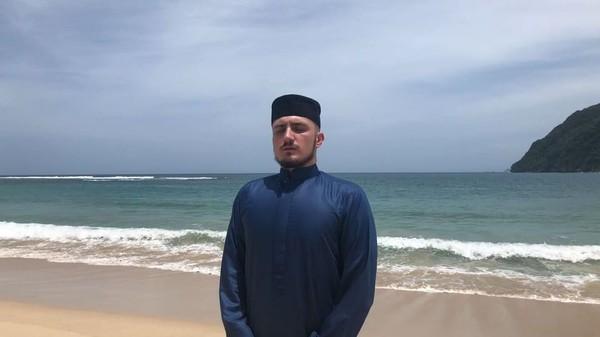 Saat dia berada di Banda Aceh. (therealfatih/Instagram)