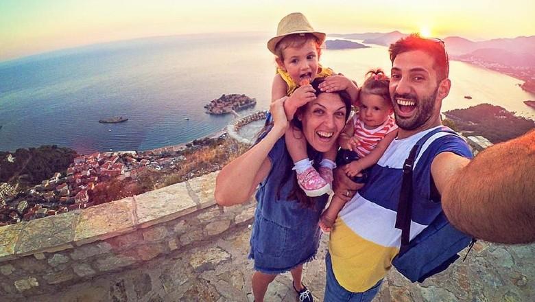 Ilustrasi liburan keluarga (iStock)