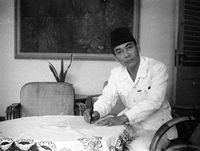 Sejarah Peci, Penutup Kepala Andalan Prabowo dan Jokowi di Debat Capres 2019
