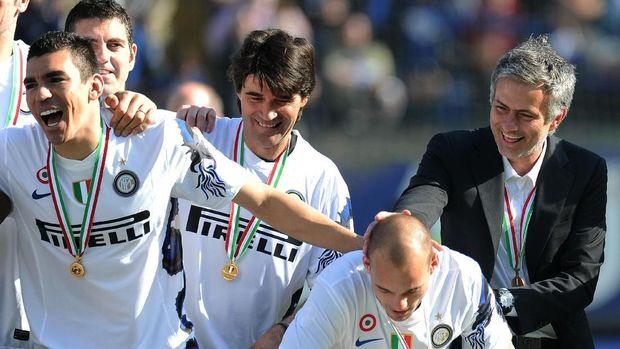 Jose Mourinho memutuskan meninggalkan Inter Milan usai tim tersebut juara Liga Champions.