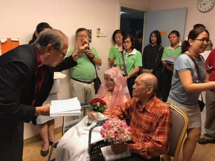 Pernikahan haru viral di Malaysia. Foto: Facebook