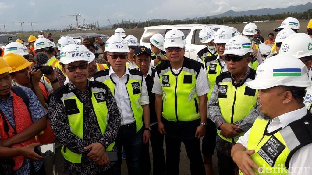 Tinjau Proyek Bandara Kulon Progo, Darmin: Perkembangannya Bagus