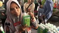 Jokowi Borong 100 Ribu Botol Sabun Cuci Piring Seharga Rp 2 Miliar