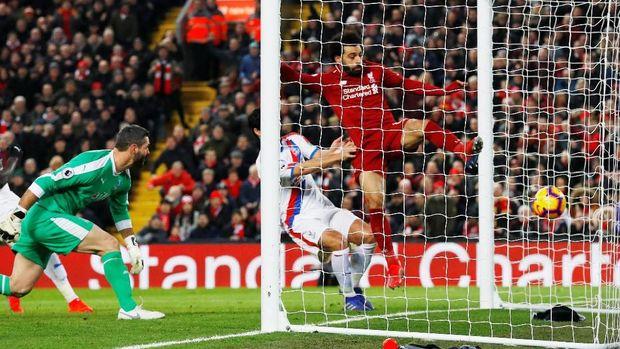 Gol Mohamed Salah ke gawang Crystal Palace. (