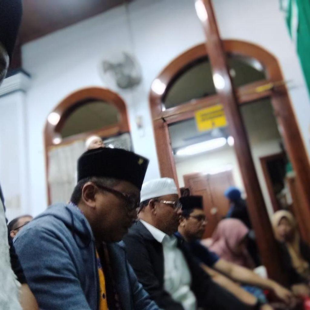 Sekjen PDIP Ziarah ke Masjid Luar Batang