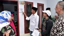 Jokowi Cek Sambungan Listrik Gratis di Gang Sempit Garut