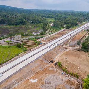 Lewat Tol Semarang-Solo Bayar Rp 65.500 Mulai Senin