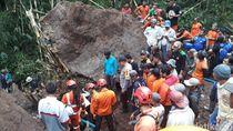 Longsor Timpa Kamar Mandi di Wonosobo, Diduga Ada Korban Tertimbun