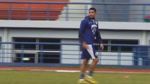 Jalani Latihan Perdana Bareng Persib, Vizcarra Adaptasi dengan Tim
