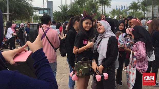 BLINK Tak Sabar Tonton Konser Perdana BLACKPINK di Indonesia