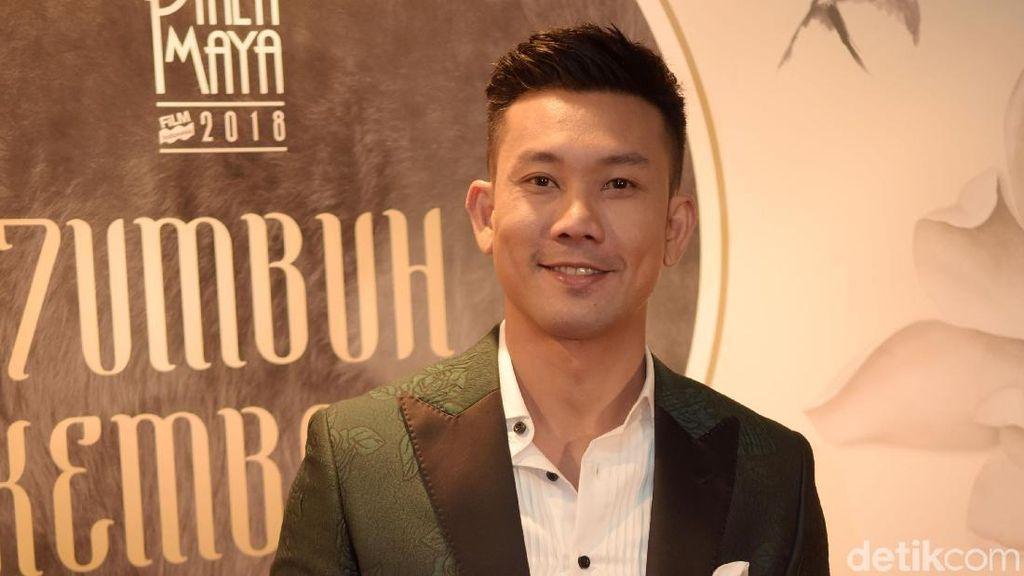 Denny Sumargo Cukur Berewok Demi Film