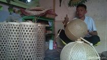 Jelang Imlek, Pesanan Lampion Bambu di Banyuwangi Meningkat