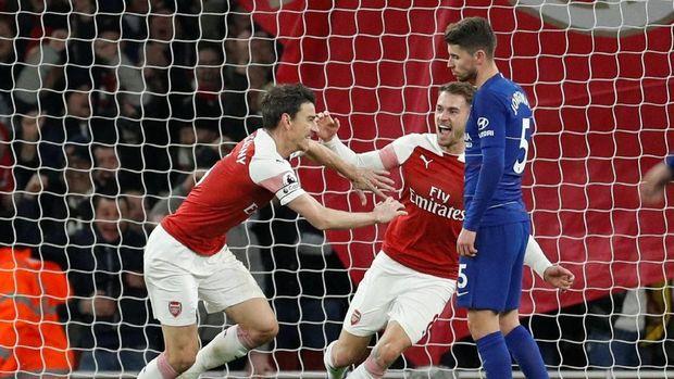 Chelsea dikalahkan Arsenal 0-2 di Stadion Emirates. (