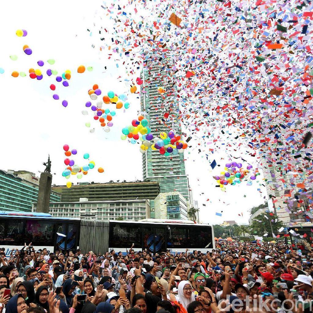 Meriahnya Festival Keselamatan Berkendara di Bundaran HI