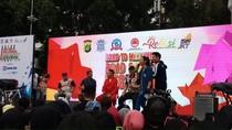 Polisi Kampanye Tertib Lalin di CFD Lewat Millennial Road Safety Festival