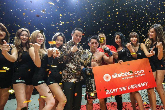 Yosuke Saruta menjadi juara dunia strawweight ONE Championship.